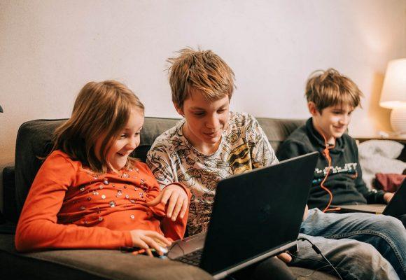 Zahvaljujući udruzi PWMN Croatia smanjujemo digitalni jaz među djecom